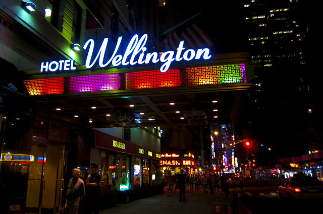 Hotel Wellington Nyc Looking Down Into Times Square